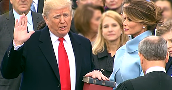 President Trump Bible Inaugeration